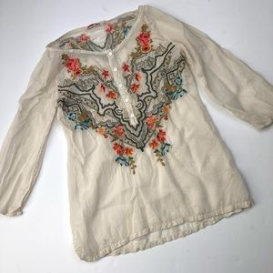 Johnny Was Collection cream embroidered blouse XS